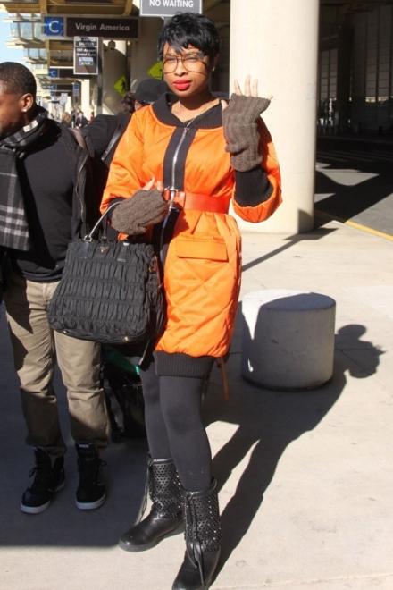Jennifer-Hudson-DCA-Miu-Miu-Fall-2013-Orange-and-Black-Belted-Coat